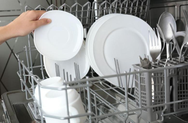 肝癌吃飯碗筷會傳染嗎?